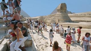 Na wycieczce zorganizowanej przewodnik rozporządza czasem turystów.
