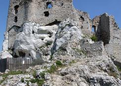 Zamek w Mirowie.