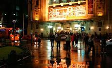 Belgrad To duże i nowoczesne miasto. Terazije to jego najpopularniejszy deptak. to tu znajdują się n