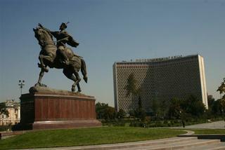 Uzbekistan- na jedwabnym szlaku