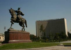 Pomnik Timura Kulawego w Taszkencie