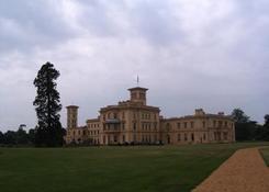 """Osborne House"" w East Cowes."