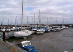 Port w Ryde. Wody brak...