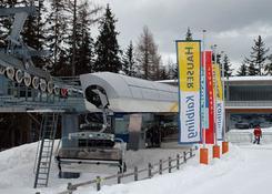 Jedna z kilku stacji przesiadkowych, znajdujących się przy trasach na Hauser Kaibling. Fot.: Jarosła