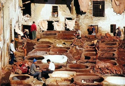 c4d033592c59f Farbiarnie skór w Fezie należą do najciekawszych w całym kraju. Fot.   Jarosław Tondos