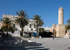 Susa (Sousse) to trzecie co wielkości miasto Tunezji. W samym jego centrum znajduje się starówka, zw