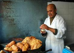 Tunezyjska kuchnia zaspokoi nawet najbardziej wybrednych smakoszy. Oprócz restauracji na wysokim poz