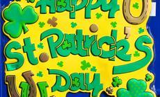 Dzień Świętego Patryka jest dniem wolnym od pracy. Najważniejszą tradycją obchodów Dnia św. Patryka