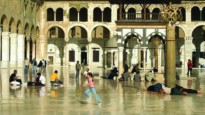 Meczet Umajjadów miał być największą świątynią islamu. Po wielu zniszczeniach i pożarach w XIX w. zo