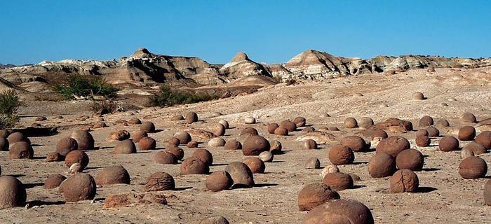 Nieznanego pochodzenia kamienne kule leżą w Dolinie Księżycowej od około 200 milionów lat