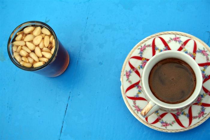 Sidi Bou Said 5, czarna kawa i mietowa herbata