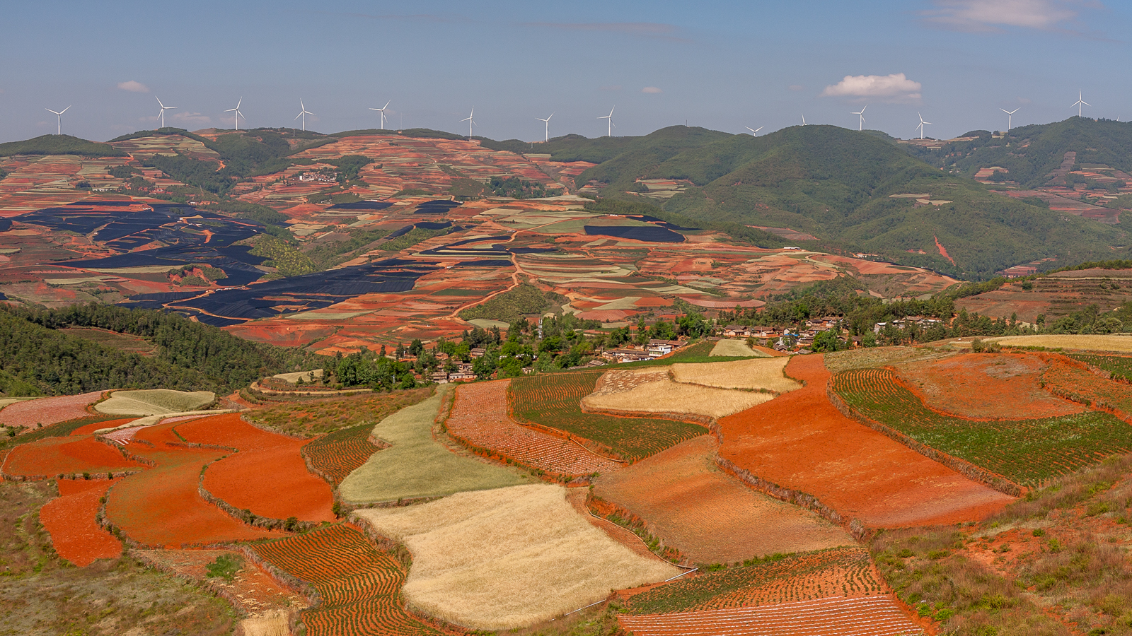 Pola uprawne w regionie Dongchuan