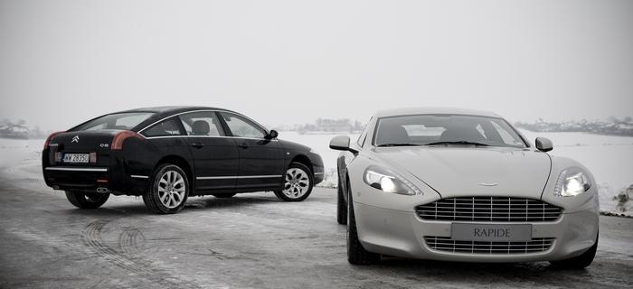 Czarny Citroen i Srebrny Aston Martin