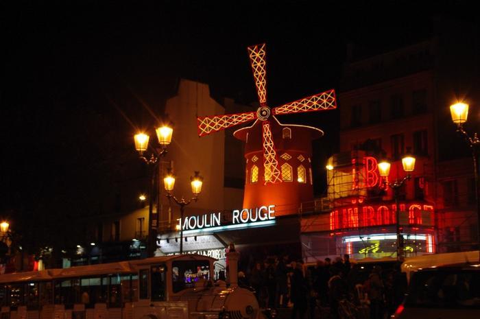 Francja, Paryż, Moulin Rouge