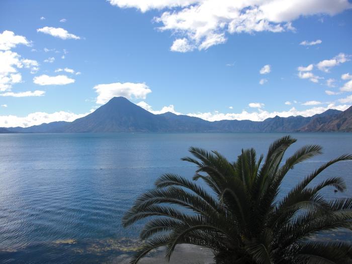 Wulkany widać z prawie każdego miejsca w Antigui