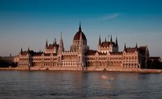 Dunaj, Parlament i Bazylika św. Stefana