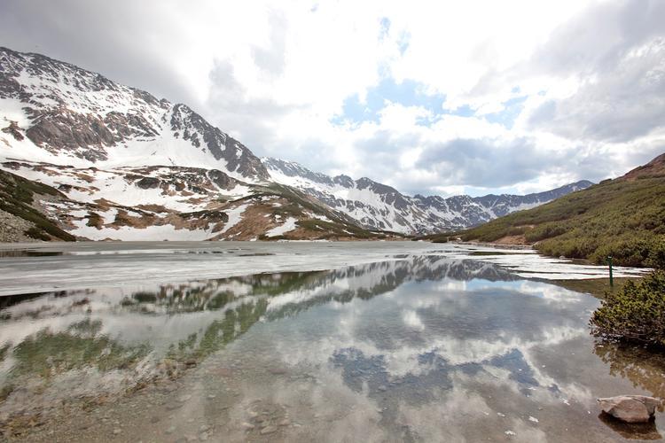 Gdy w dolinach jest już lato w najwyszych partiach Tatr może trwać jeszcze zima