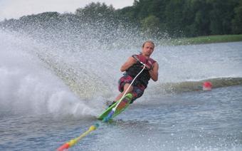 W Szczecinku znajduje się najdłuższy w Polsce wyciąg do nart wodnych