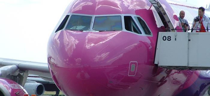 Czwarty samolot Wizzair ropocznie loty z Warszawy wiosną 2012r.