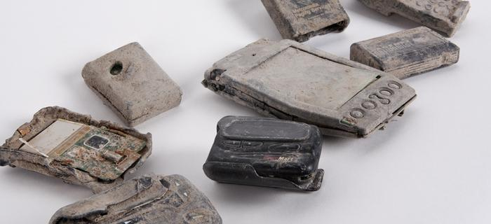 Telefony komórkowe wydobyte ze zgliszczy World Trade Center