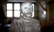 Rzeźbę Lecha Wałęsy autorstwa Grzegorza Klamana można obejrzeć na terenie jego dawnej pracowni w Stoczni Gdańskiej