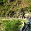 Pierwszy tydzień kursu spędziliśmy wokolicy Uttarkashi. Codziennie rano przed śniadaniem maszerowaliśmy zplecakami przez dwie godziny. Aby móc coś zjeść, trzeba było dojść