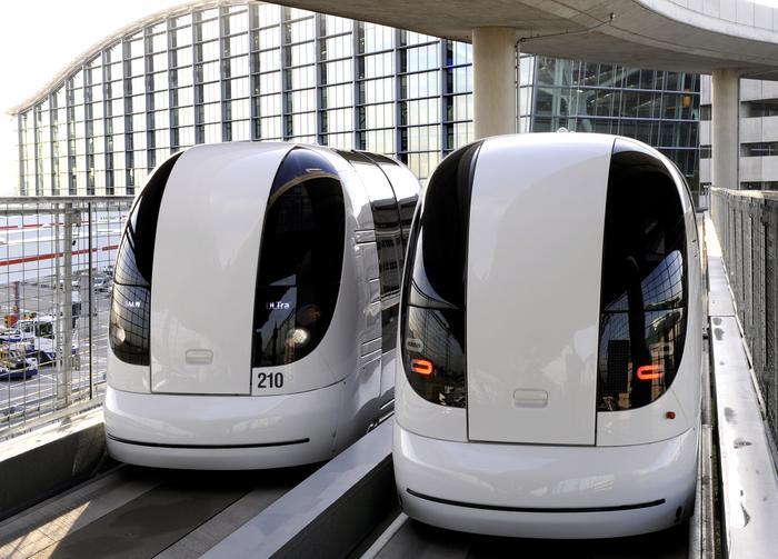 Automatyczne Kapsuły Transportowe na lotnisku Heathrow