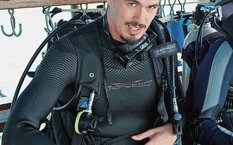 Tomek Michniewicz na statku poszukiwaczy skarbów Mel Fishers Treasures