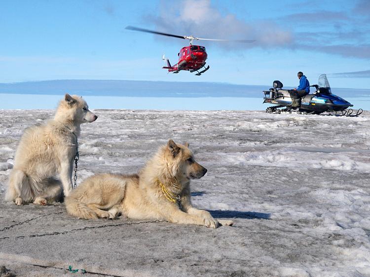 Na Grenlandii powszechne są skutery śnieżne