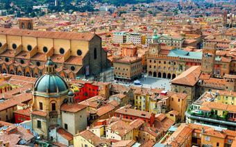 W stolicy regionu, Bolonii, znajduje się uniwersytet uważany za najstarszy w Europie