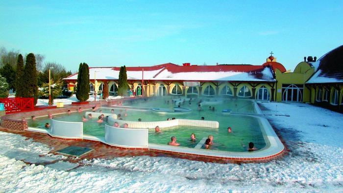 Słowacja - Termy  Velky Meder zimą