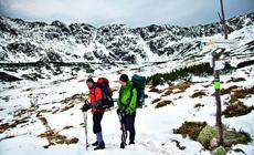 Góry w Polsce - Tatry Wysokie. Rozwidlenie szlaków na Szpiglasową Przełęcz, Zawrat i do schroniska Pięciu Stawów
