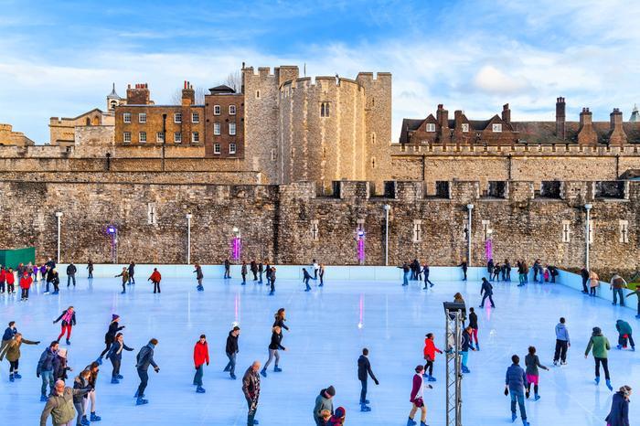 Londyn - Lodowisko przy Tower of London
