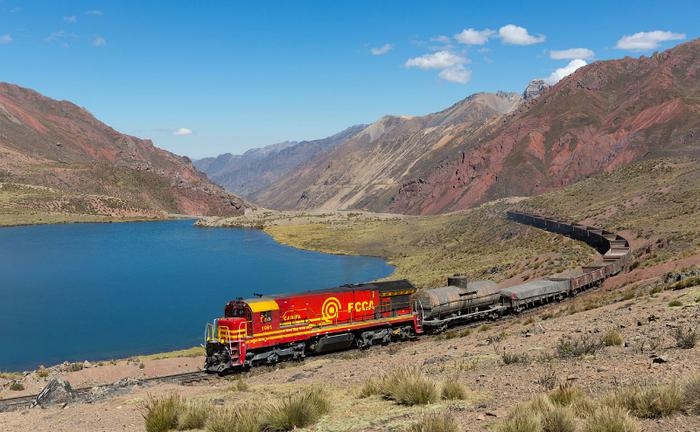 Centralna Kolej Transandyjska, Peru