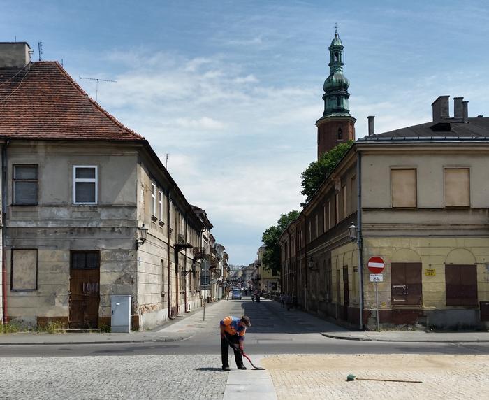 Kamieniczki przy Rynku oraz wieża radomskiej fary