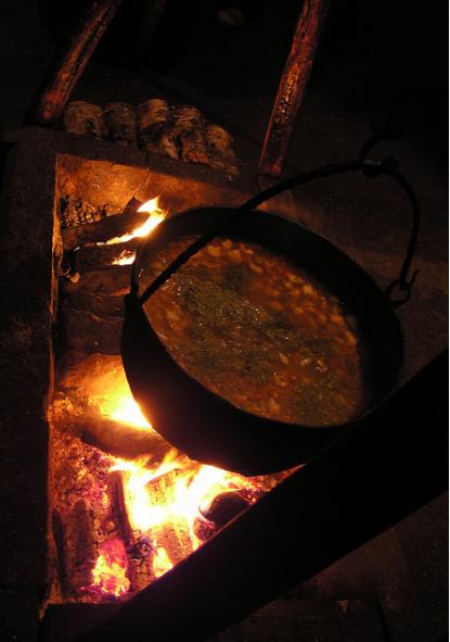 Zupa rybna z kociołka, każdy musi obowiązkowo spróbować. Gorąco polecam !