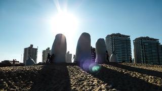 Ręka w Punta del Este- jedna z najsławniejszych rzeźb Urugwaju