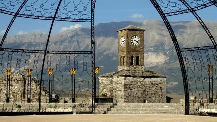 W twierdzy w Gjirokastra.