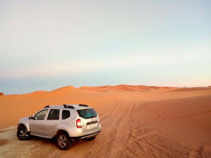 Wieczór i noc na pustynii