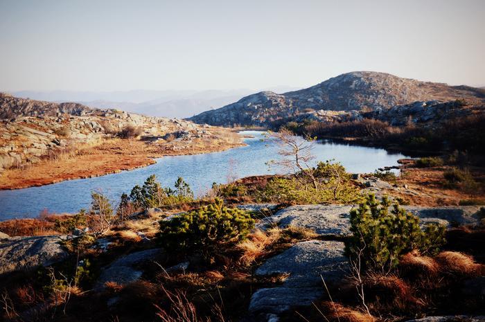 Chodźmy nad jezioro, tam gdzie wiatr nie będzie nam świszczał w uszach!