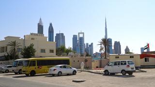 Dubaj - miasto kontrastów. Najwyższy budynek świata sąsiaduje z domami najbiedniejszych