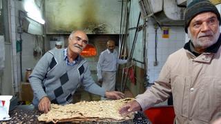 Iran - Piekarnia w Shiraz