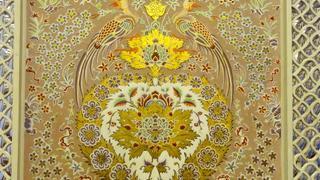 Iran - freski na ścianach w hotelu Abbasi
