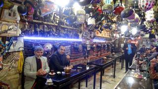 Iran - herbaciarnia w Isfahan