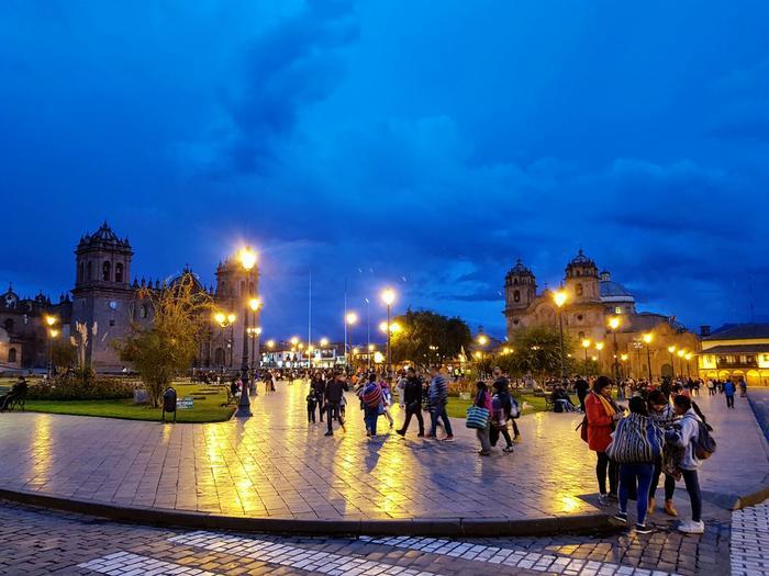 Centrum Cuzco wieczorem