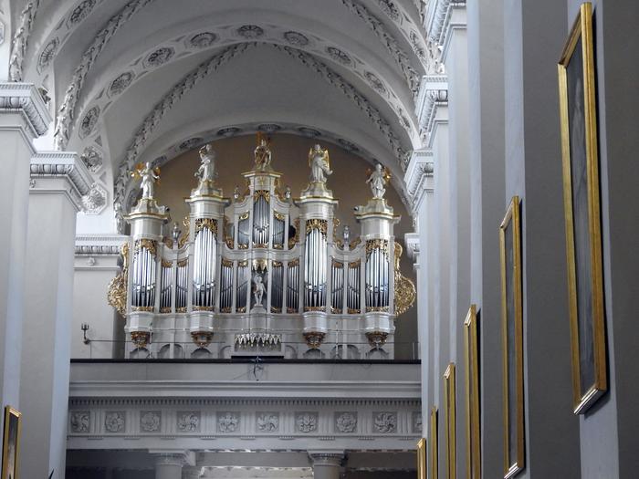 Organy w katedrze wileńskiej