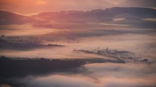 Wschód słońca ze Szczelińca Wielkiego, Góry Stołowe