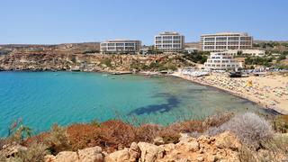 Panorama Golden Bay, Malta.