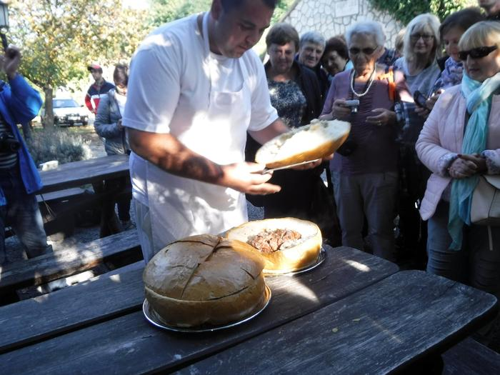 Herceghut - golonka w chlebie