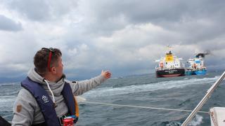 Przeładunek statków na wodzie w Cieśninie Gibraltarkiej !